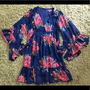 Betsey Johnson Dresses - Betsy Johnson floral dress size 8